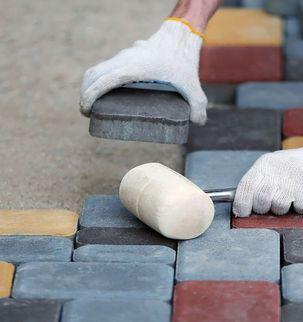 Укладка тротуарной плитки на готовое (бетонное) основание